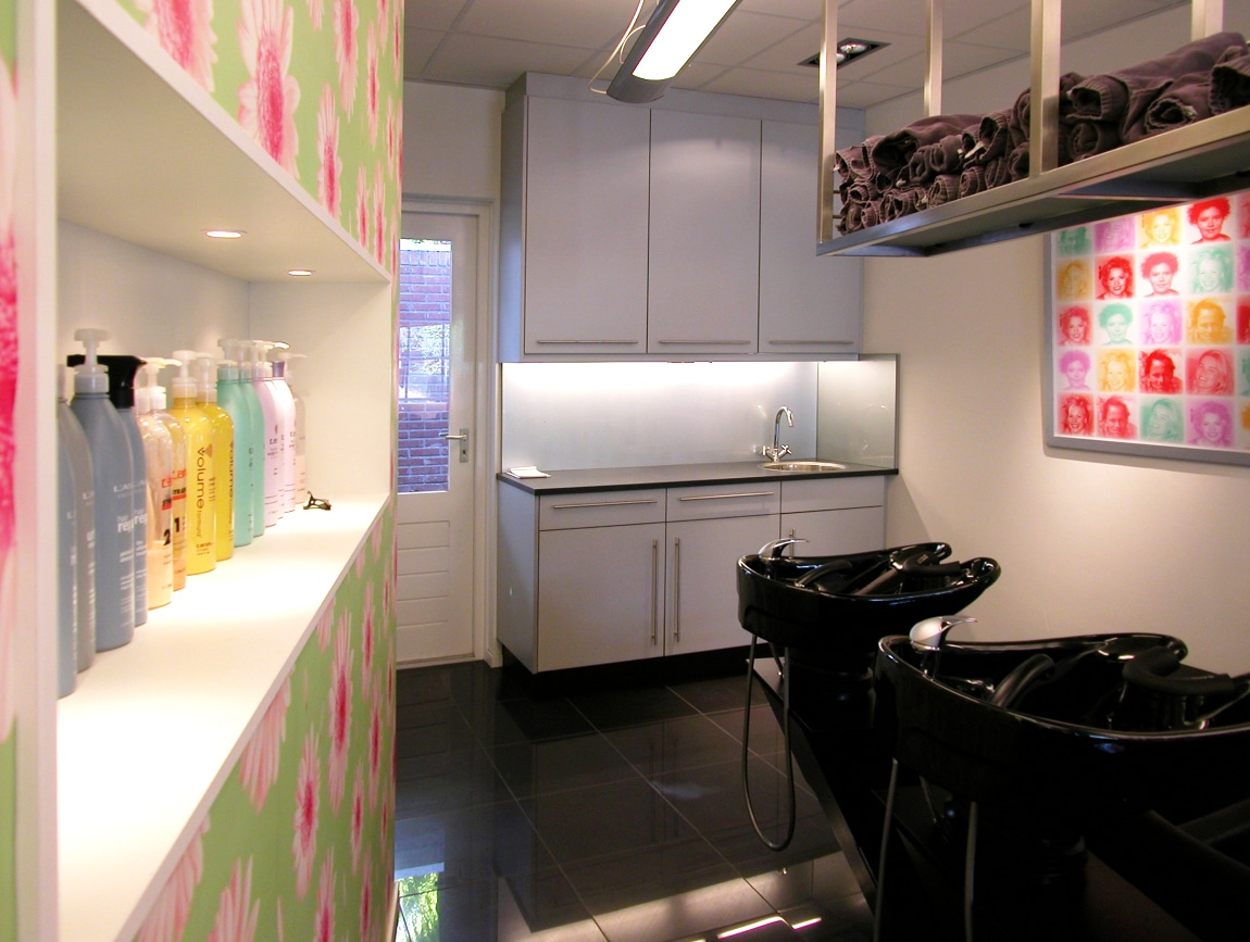 Chemieblok kapper kapsalon maccdesign for Kappersinterieur