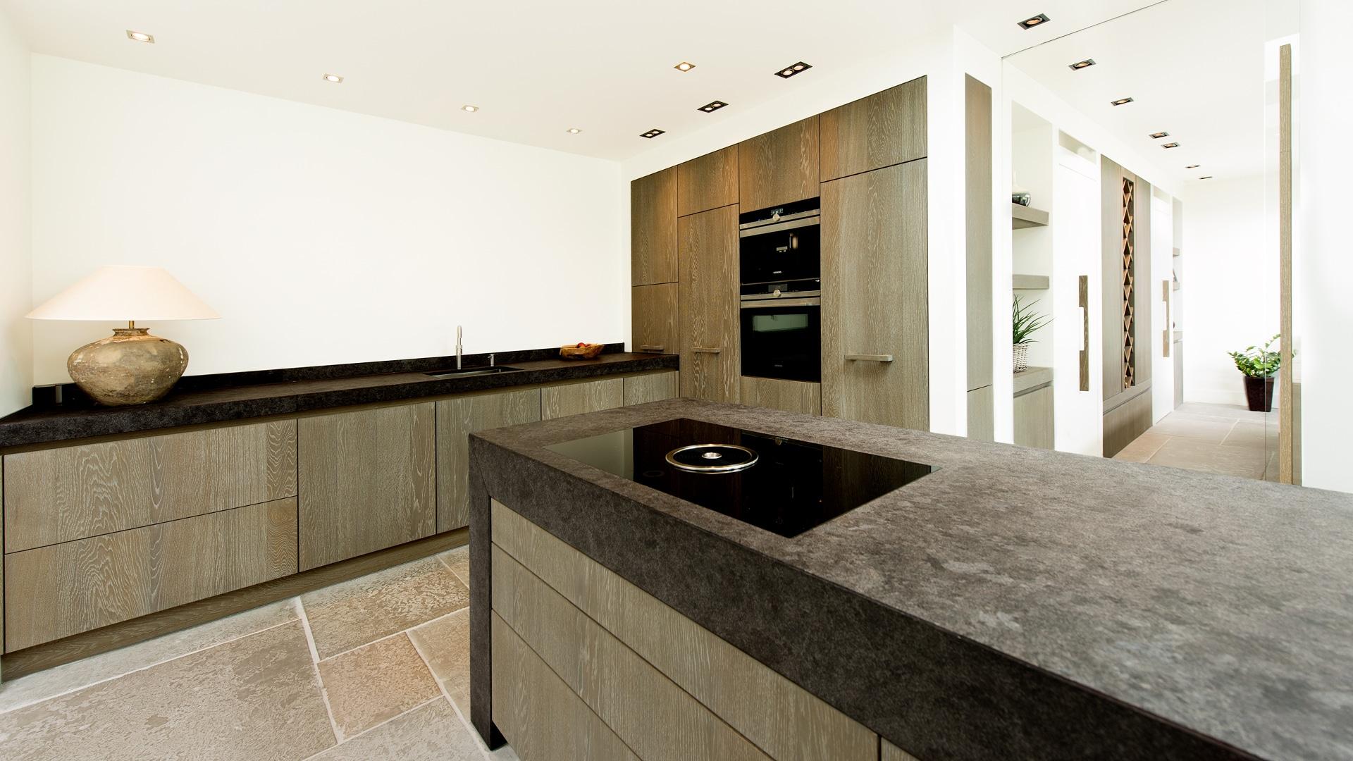 Design Hoge Kast : Keuken en interieur op maat in borne van tom en astrid